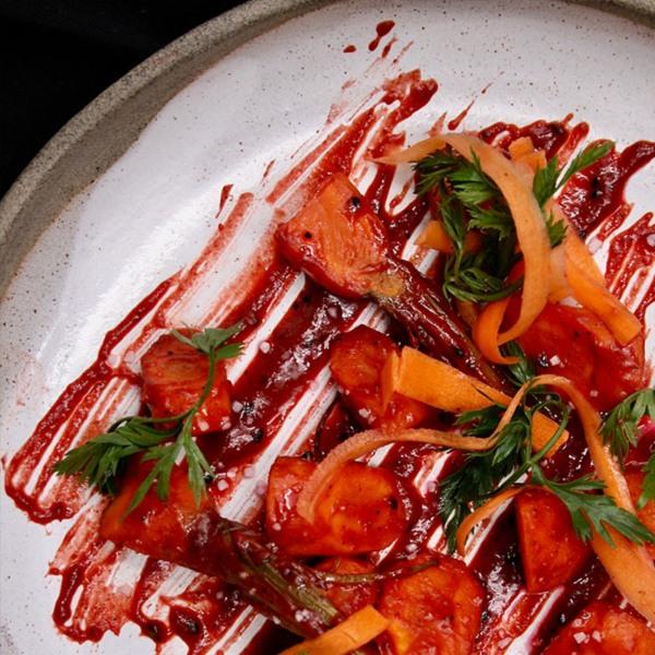 Image of Backofengemüse mit Möhren vom Acker mit Moroc'n'Roll Dressing für Gemüse