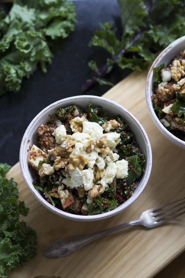 Image of  Quinoa-Kale Salat mit Apfel und Feta