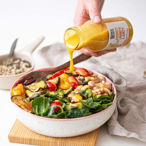 Image of Grillgemüse-Salat mit Riesenbohnen, Spinat und Juicy Lucy Salatdressing
