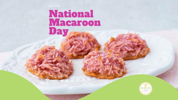 Image of Macaroon Cookies with Beet Powder