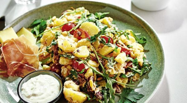 Image ofMediterraner Kartoffelsalat mit Aioli Dip Rezept