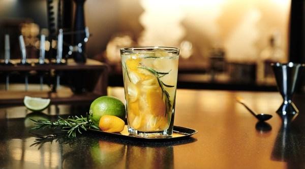 Apricot Fizz Rezept