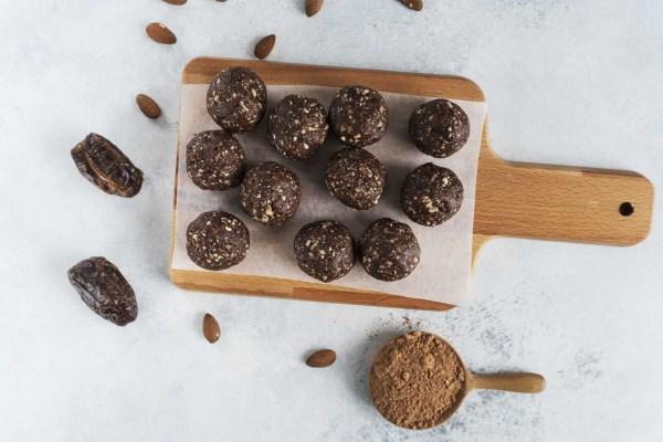 Image ofAlmond and Raw Cacao Energy Ball