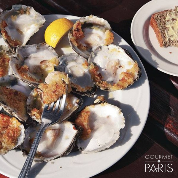 Image ofBroiled Oysters With Garlic Breadcrumbs