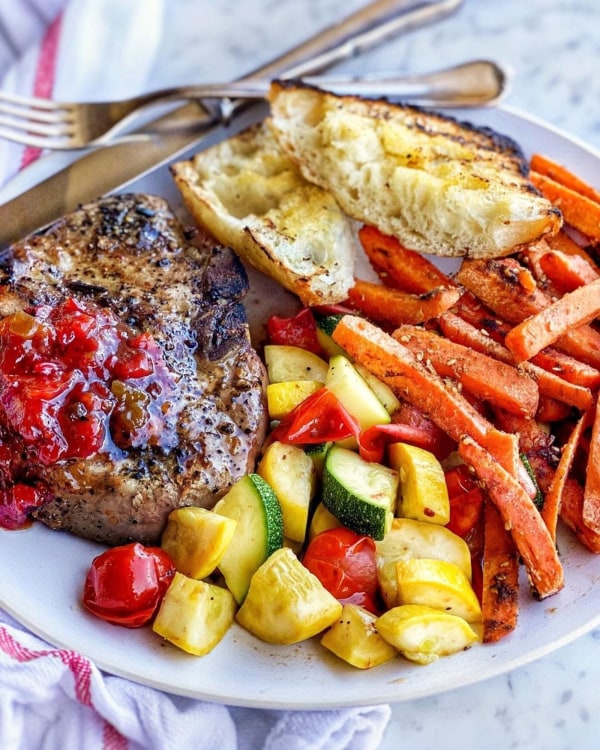 Image of Grilled Pork Chops with Veggies & Ciabatta