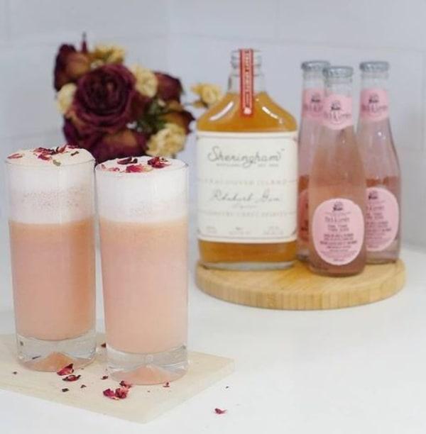 Image of Romas Pink Gin Fizz Twist