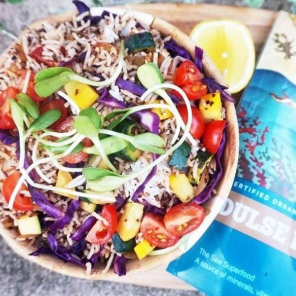 Image ofRainbow sea veg rice