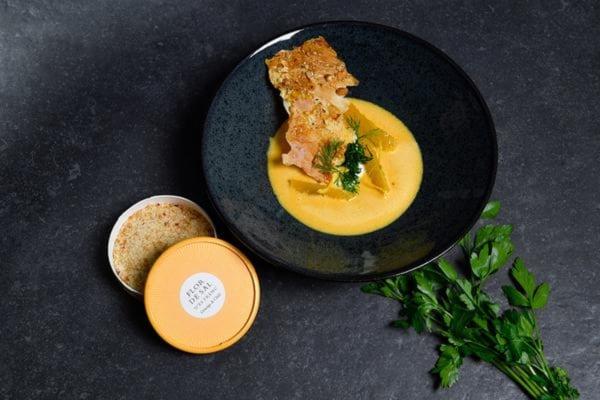 Image of Möhren-Ingwer-Suppe mit Mandelknusper