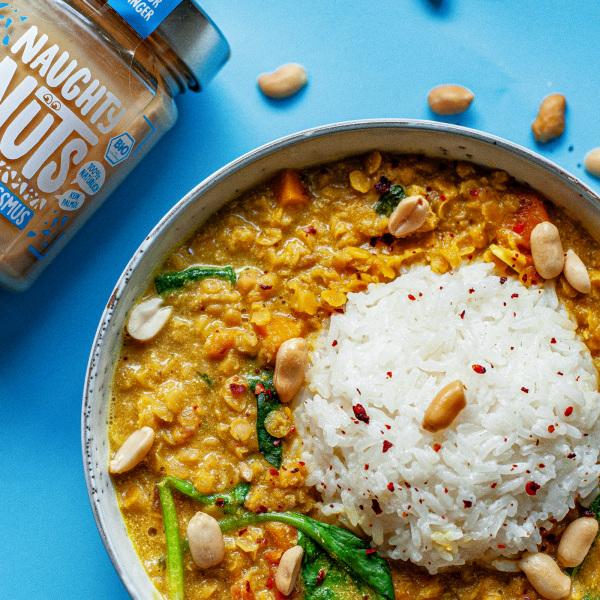 Image of Linsen-Curry mit Erdnussmus
