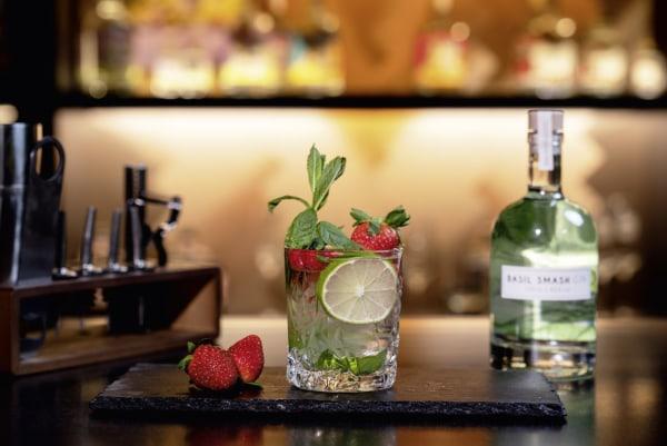 Strawberry Basil Lemonade - Cocktail Rezept