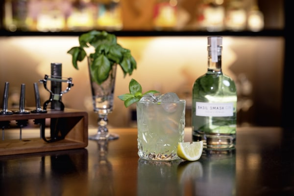 Gin Basil Smash Cocktail Rezept