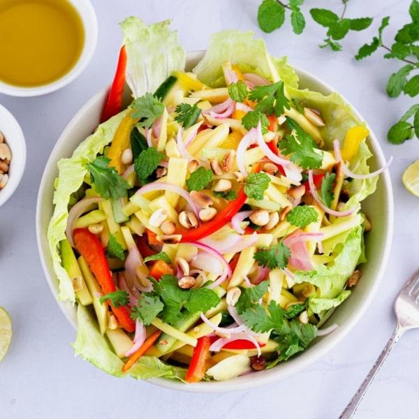 Image of Mango Salad (Kerabu Mangga / Som Tam Mamuang)