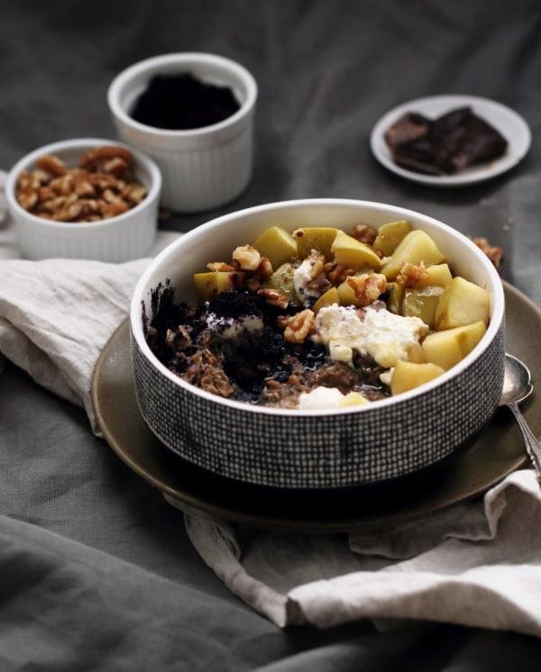 Image ofSpiced Chai and Maqui Porridge
