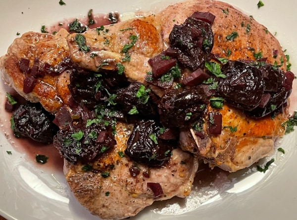 Image of Pork Chops with Prunes and Red Wine Sauce