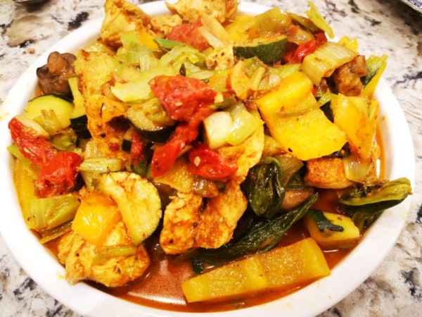 Image of 1 Curry 4 Ways - Tomato, Chicken & Roast Vegetables