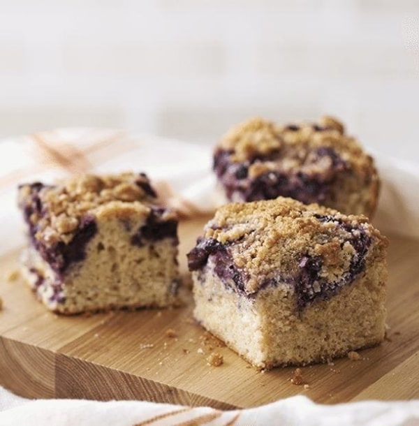 Image of Mixed Berry Crumb Cake