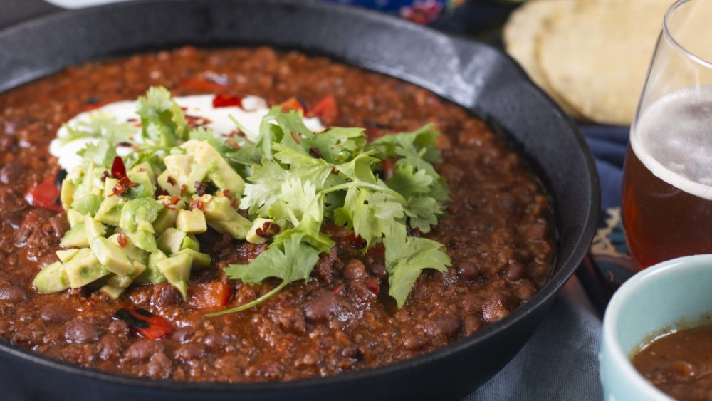 Image of Chilli Con Carne with Green Rice, Guacamole and Sour Cream Recipe