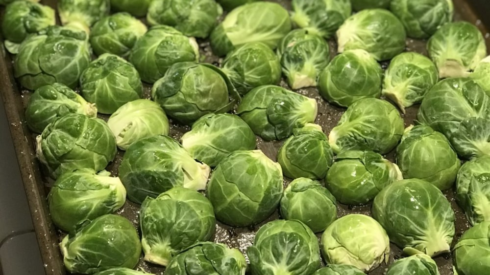 Image of Crispy Brussel Sprouts with Apples and Bacon