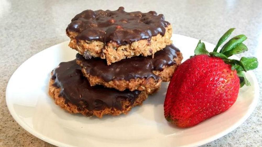Image of Vegan Peanut Butter Ganache Cookies