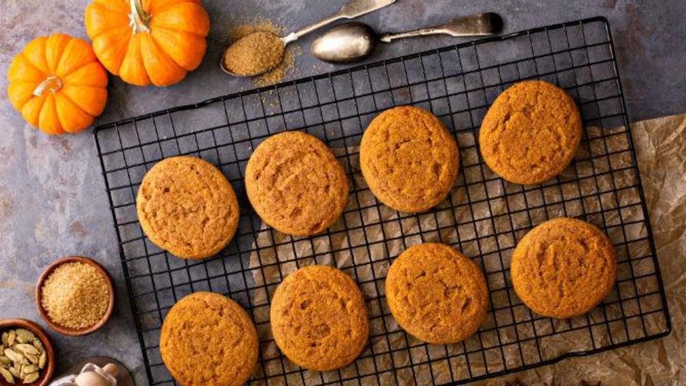 Image of Vegan Pumpkin Pie Snickerdoodles