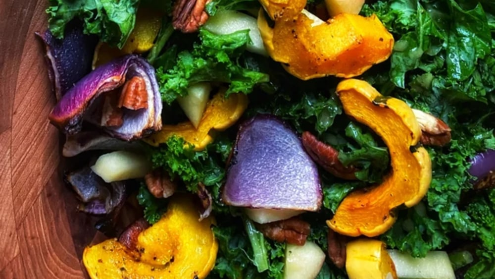 kale salad with apples and delicata squash