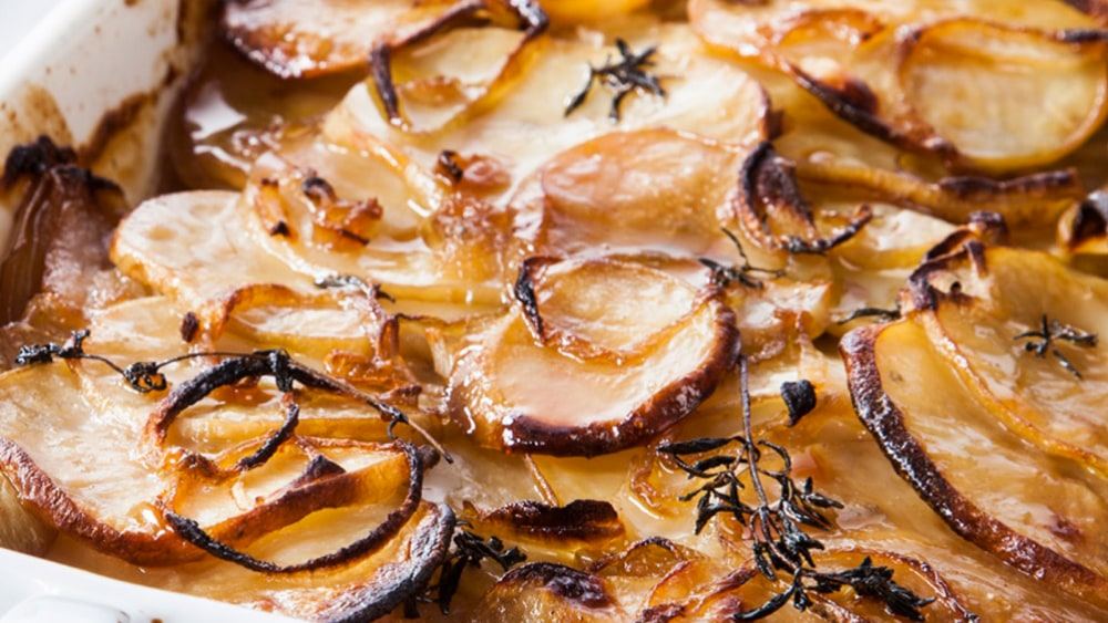 Image of Baked Potato and Onion with Thyme and Silan