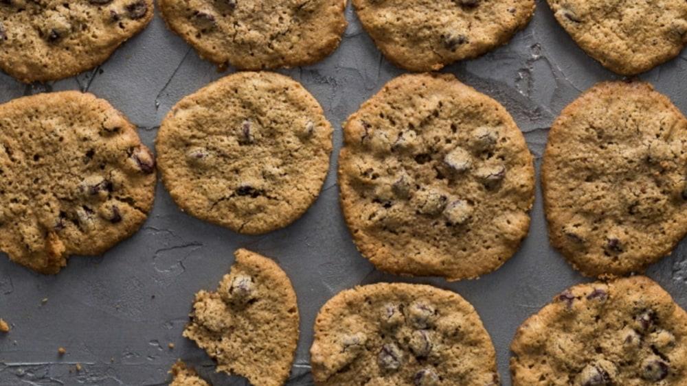 Image of Best-Ever Gebrochts Chocolate Chip Cookies