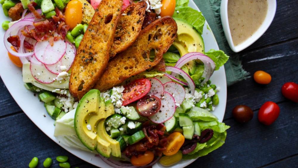 Image of Farmhouse Salad with Fennel Vinaigrette Dressing