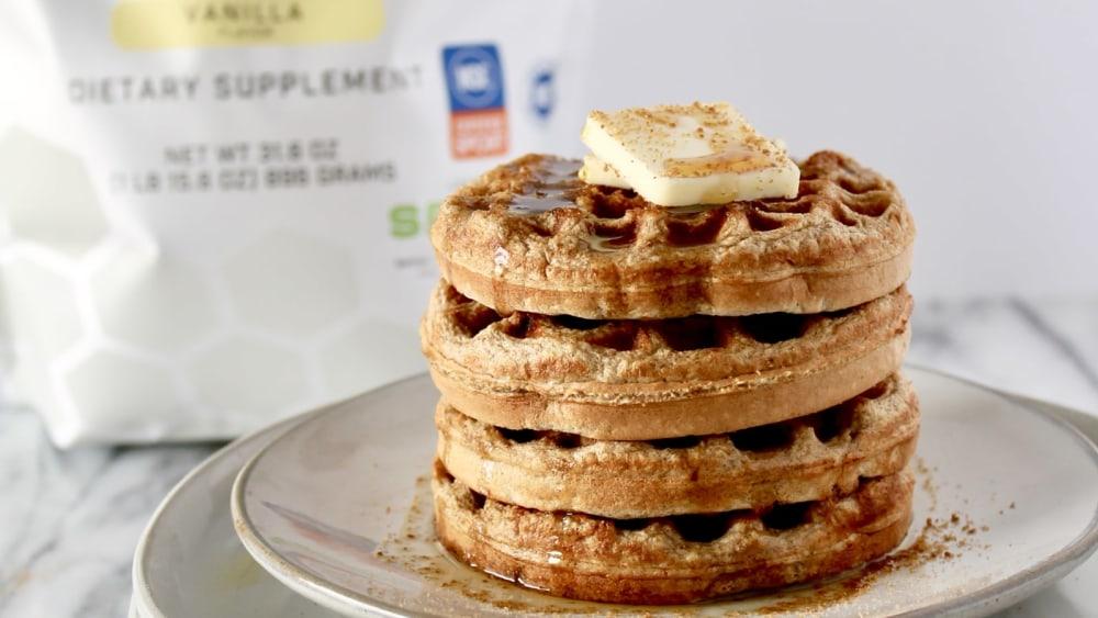Cinnamon protein waffles