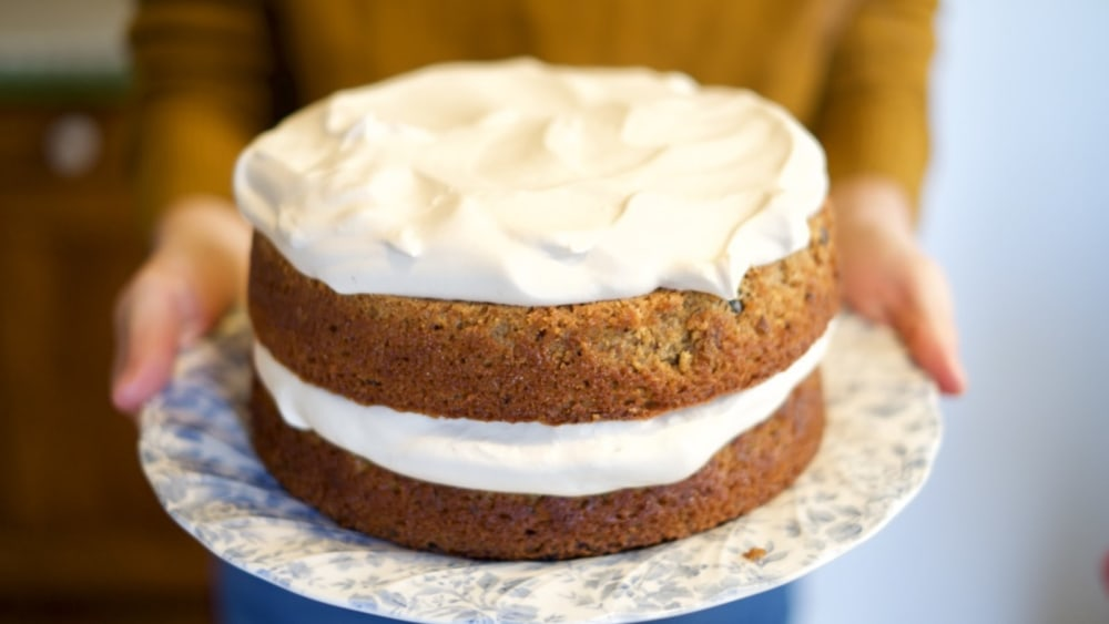Image of the assembled cacao tea rose cake