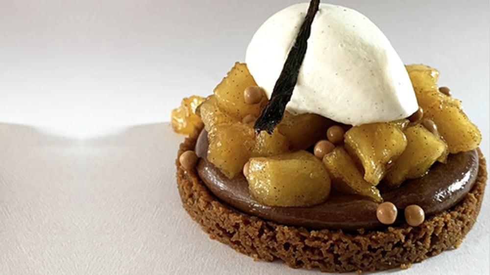Image of Lotus Biscoff, Chocolate and Apple Tart