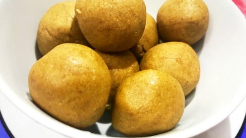 Image ofPeanut Butter Protein Balls Recipe