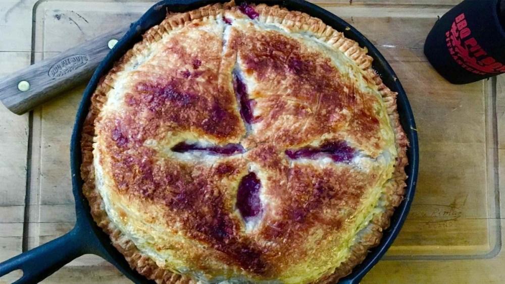 Image of Blackberry Rhubarb Pie