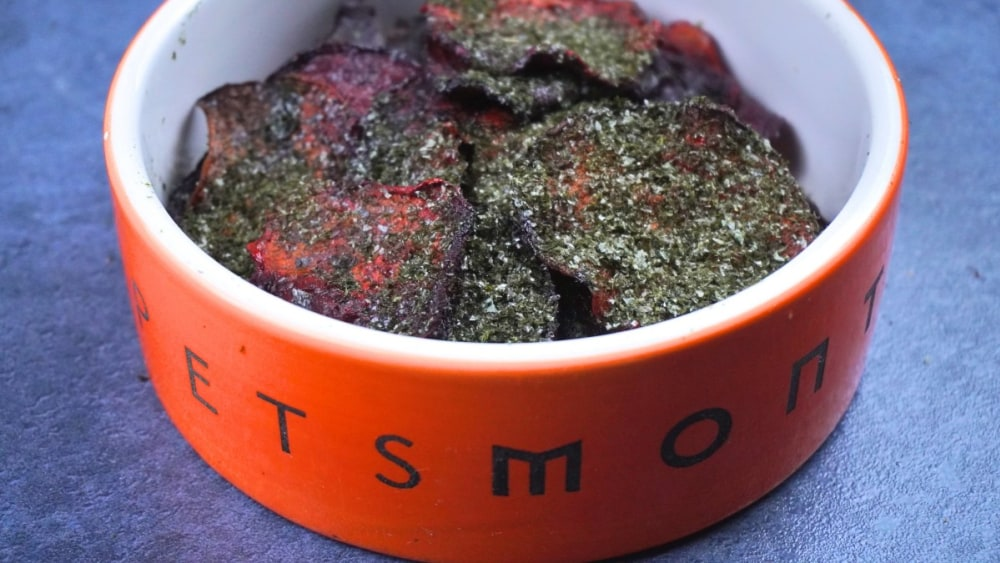 Image of DIY Seaweed Beet Chips for Dogs Recipe