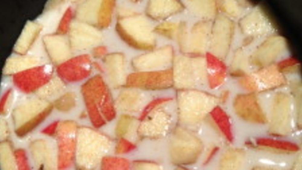 Image ofApple Cinnamon Steel-Cut Oatmeal -- Crock Pot/Slow Cooker Recipe