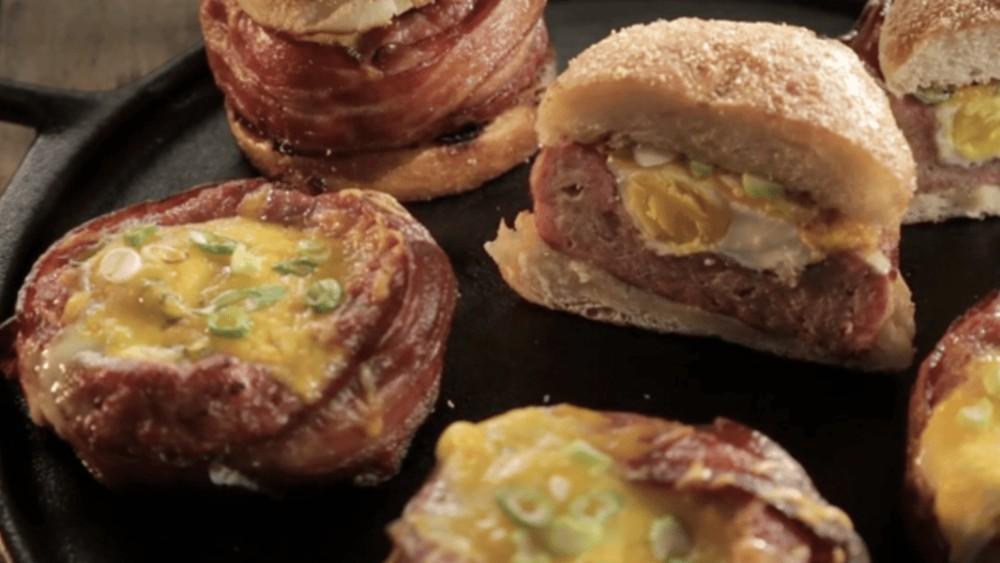 Image ofBeer Can Breakfast Burgers