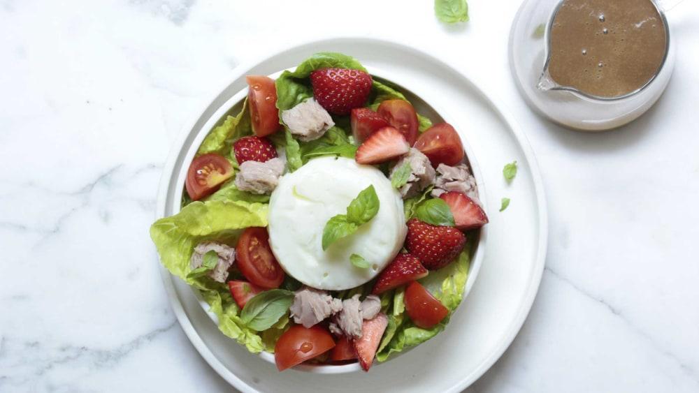 Image ofSalat | Thunfisch, Tomaten & Erdbeeren