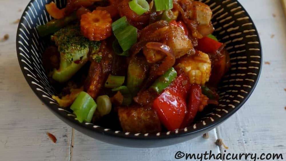 Image ofThai Tofu Stir-Fry in Red Curry Sauce