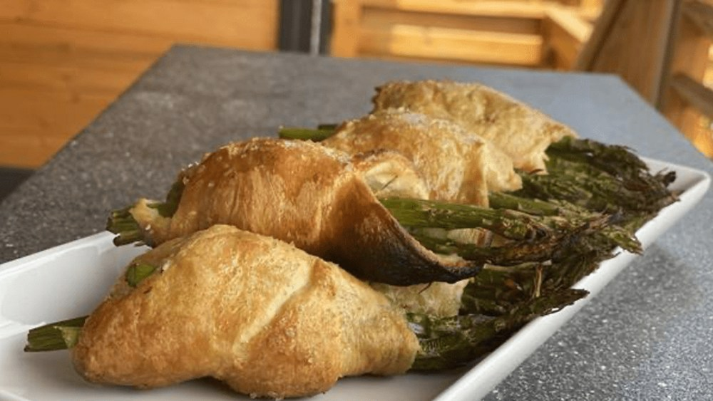 Image ofPuff Pastry Wrapped Asparagus