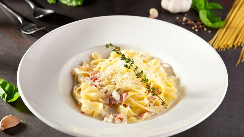 Image of Classic Fettuccine Carbonara Recipe