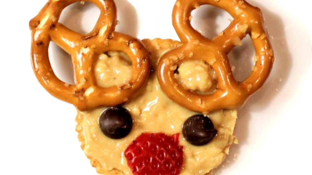 Image of Peanut butter Reindeer Crackers