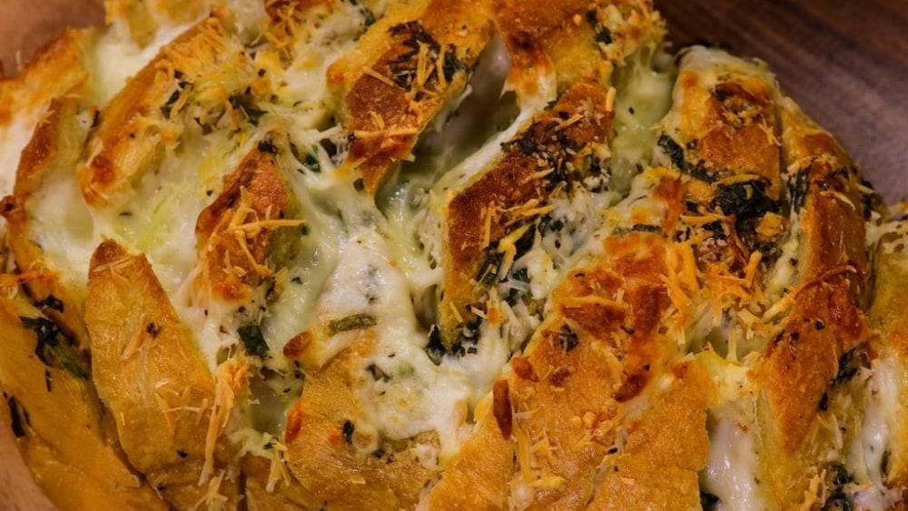 Image of Stuffed Cheesy Garlic Bread