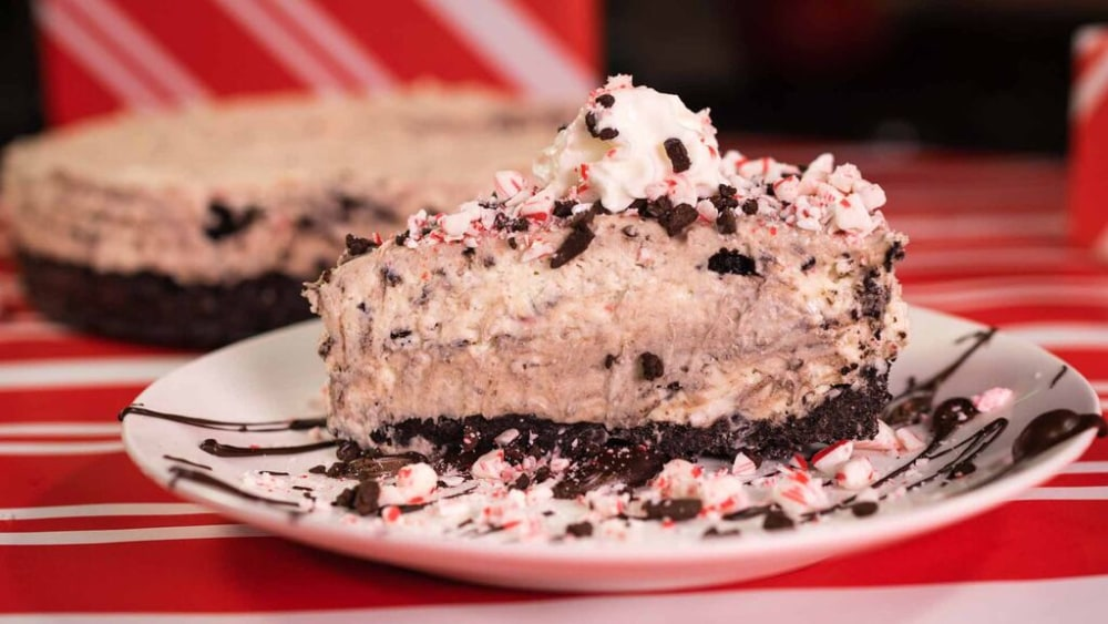 Image of No Bake Cookies and Cream and Peppermint Cheesecake