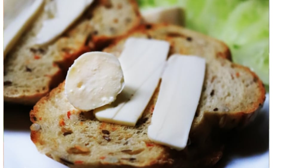 Image of Toasted Almond Brie Toasts