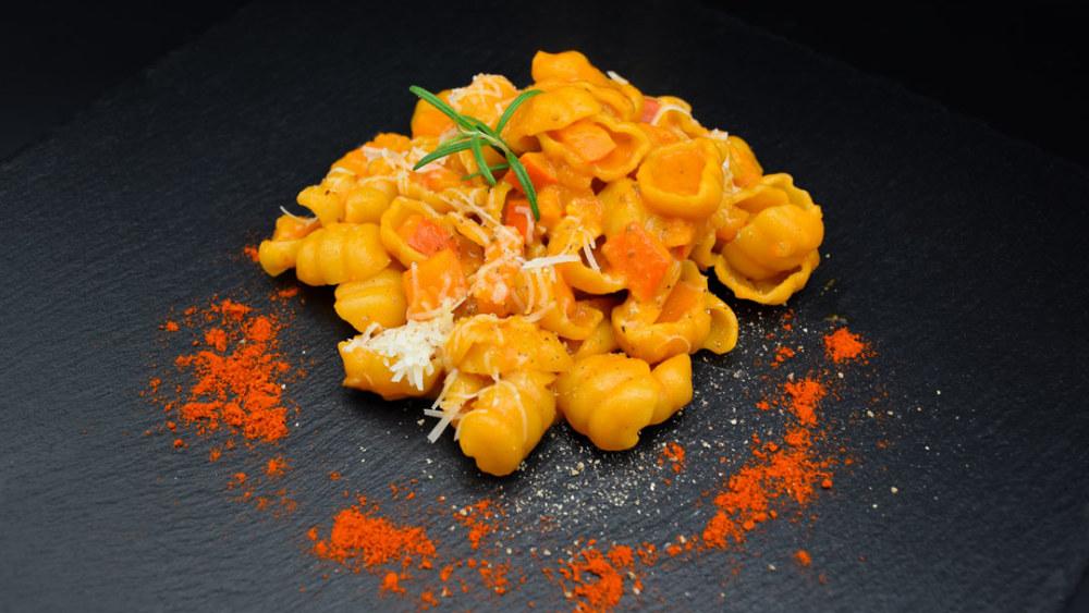 Image ofOne-Pot-Pasta mit Kürbis