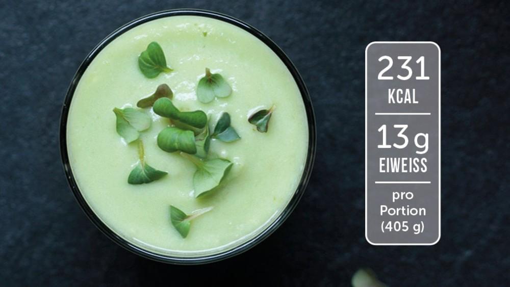 Image of Eiweiß-Shake mit Avocado und Birne