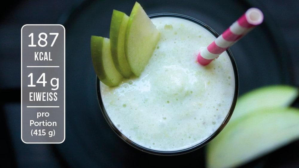 Image of Eiweiß-Shake mit Sellerie und Apfel