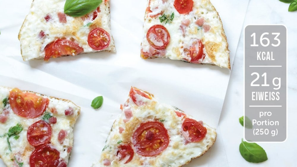 Image of Low Carb Omelette mit Tomaten und Schinken