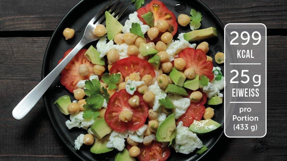 Image of Rührei mit Kichererbsen und Avocado