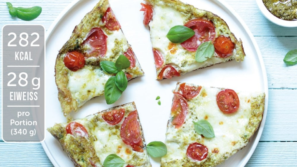Image of Vegetarisches Low Carb Omelette mit Tomate Mozzarella